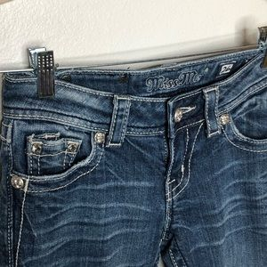 Miss Me Womans Jeans size 26.  Some distressed.